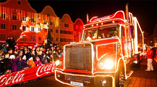 click through to view more images - Coca Cola Christmas Commercial